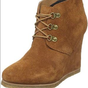 Steve Madden brown suede wedge booties